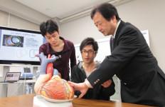 民間企業との連携で心臓矯正ネットを製作(機械工学科山部研究室)