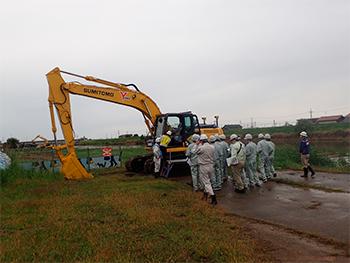 梯川河道掘削工事