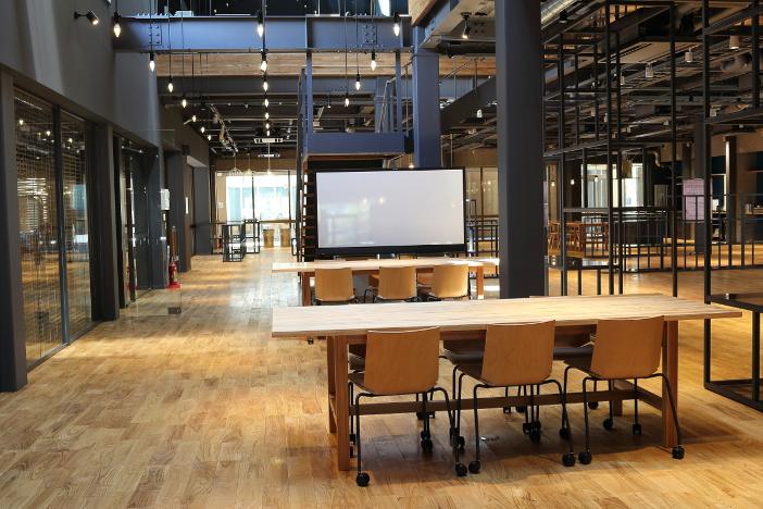 Challenge Labは新しい未来を自分たちで創るための研究の場として開設された
