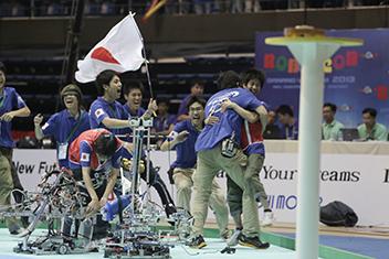 ABUロボコン世界大会で優勝。ロボット技術は実社会に応用可能