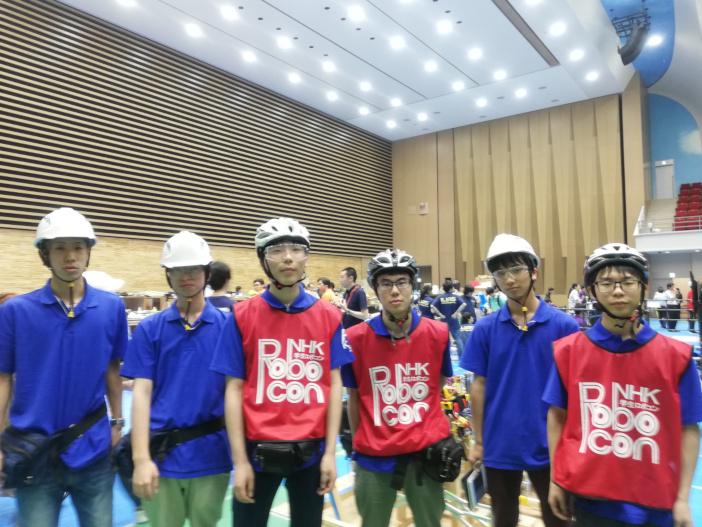 写真左から竹内啓悟さん、山田太郎さん、堀井天満さん、星野裕紀さん、川隅蓮さん、峰佳祐さん