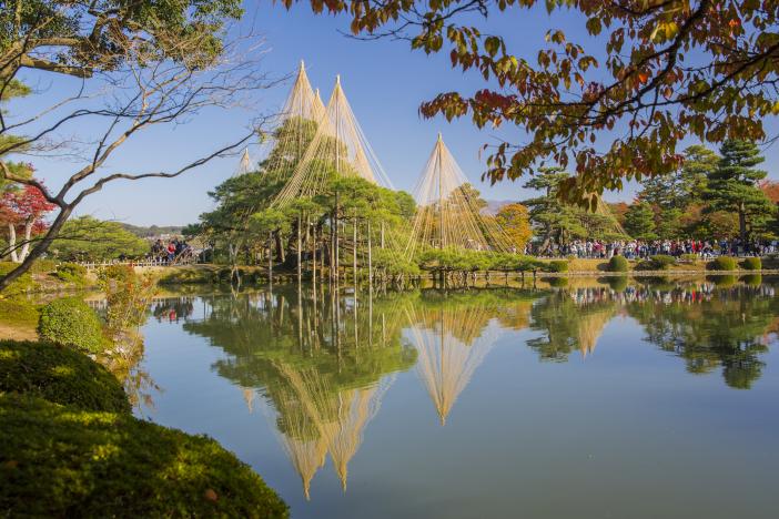 四季折々の魅力を多言語でタイムリーに発信するWEB版観光マップを目指す(写真提供 金沢市)