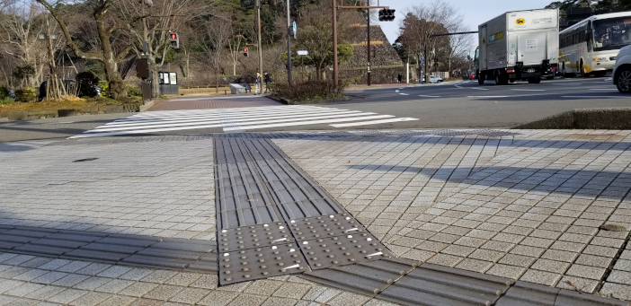 (敷設例) 広坂交差点