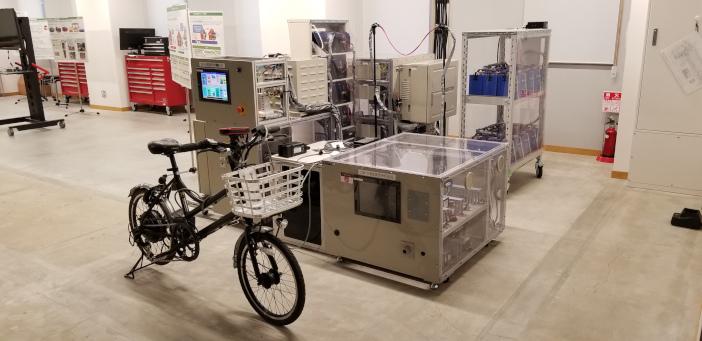 小エリア直流給電網制御装置と発電可能な電動自転車