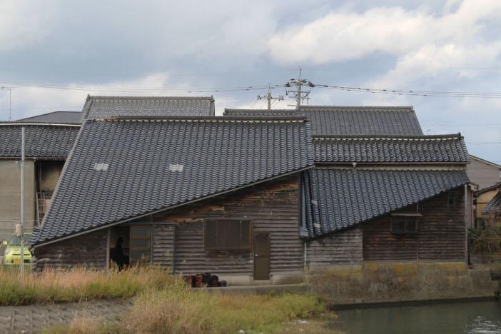 リノベーション前の築80年の倉庫