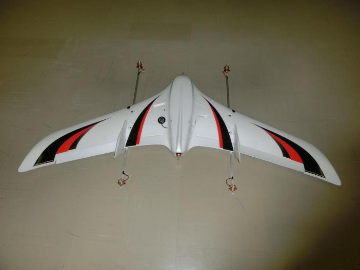 翼面積が大きくなり、ホバリングから水平飛行への遷移がよりスムーズになった