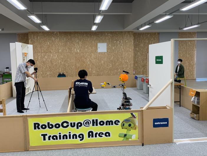 夢考房のフィールドからオンラインで参加したRoboCup@Homeプロジェクト